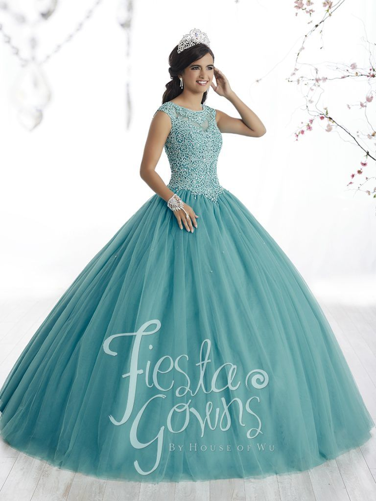 Fiesta Gowns – Bella\'s XV